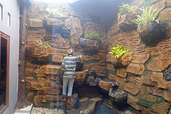 pembuatan taman jogja-kolam relief (13)