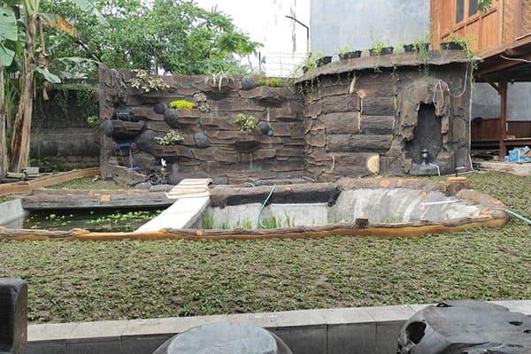 pembuatan taman jogja-kolam relief (17)