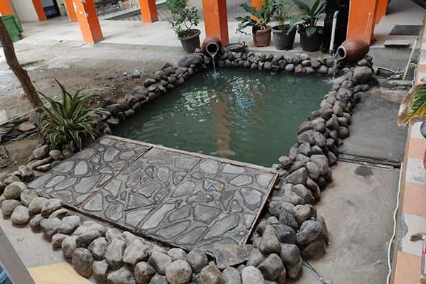 pembuatan taman jogja-kolam relief (18)
