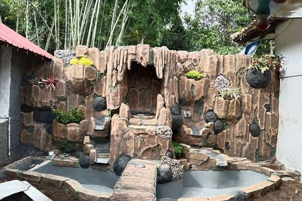 pembuatan taman jogja-kolam relief (3)