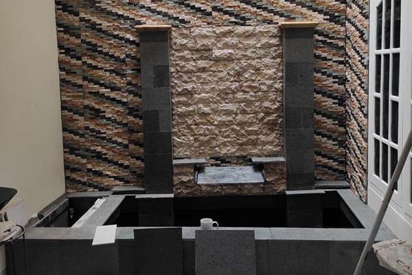 pembuatan taman jogja-kolam relief (8)